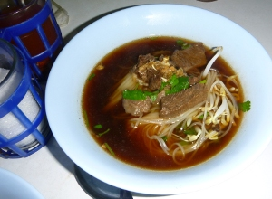 AN_Suppenkueche_Suppe_steamed_beef