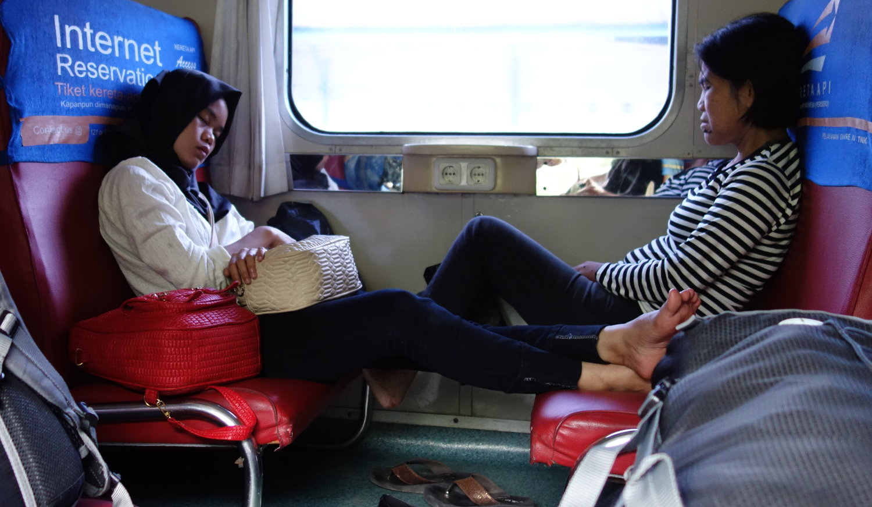 Schlaf an Zug