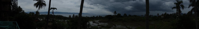 Reisfelder vor dem Gewitter