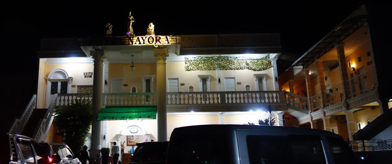 Hotel Nyora Front