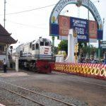 2007 kaufte man Zugfahrkarten in Yogya so…