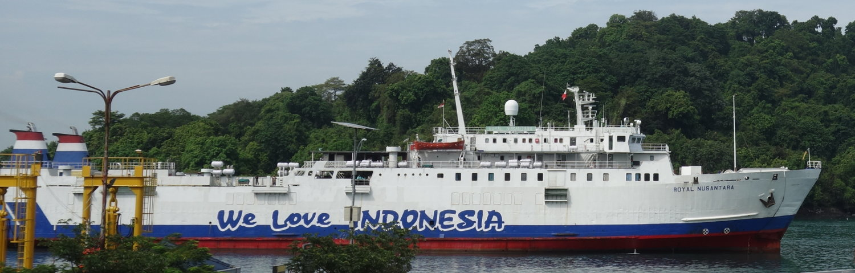 Faehrschiff Java - Sumatra